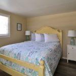 Room #15 queen bed