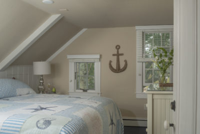 Anchor wall decor in our king room #5